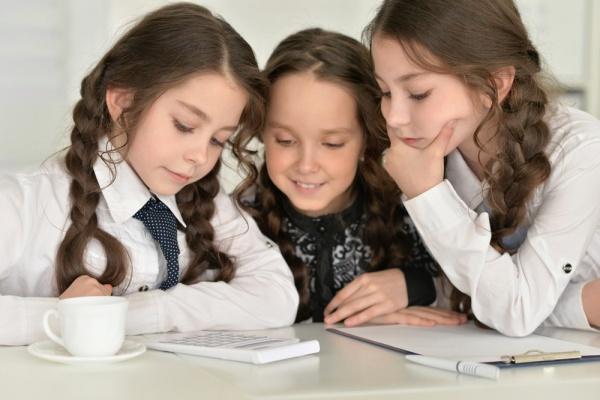 「教育費貧乏」に注意! おさえておきたい賢い教育投資のコツ